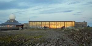 Die Nordkaphalle im Sonnenlicht