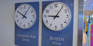 Zwei Uhrzeiten an Bord