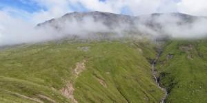 Wolkenverhangener Ben Nevis