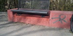Sitzbank an der Rheinischen Bahn