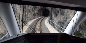 Nach dem Viadukt folgt der Tunnel