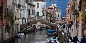 Ponte Santa Caterina vor der Ponte Molin de la Rachete