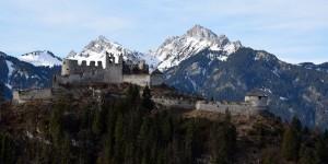 Festung an der Hängebrücke