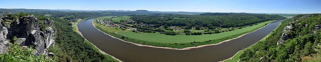 Panorama von der Bastei auf die Elbe (16 MB, 16526x5936 Pixel)
