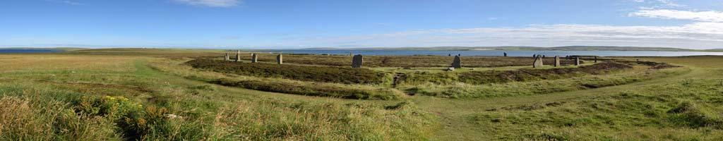Panorama am Neolithic Heart of Orkney (5 MB, 12827x4928 Pixel)