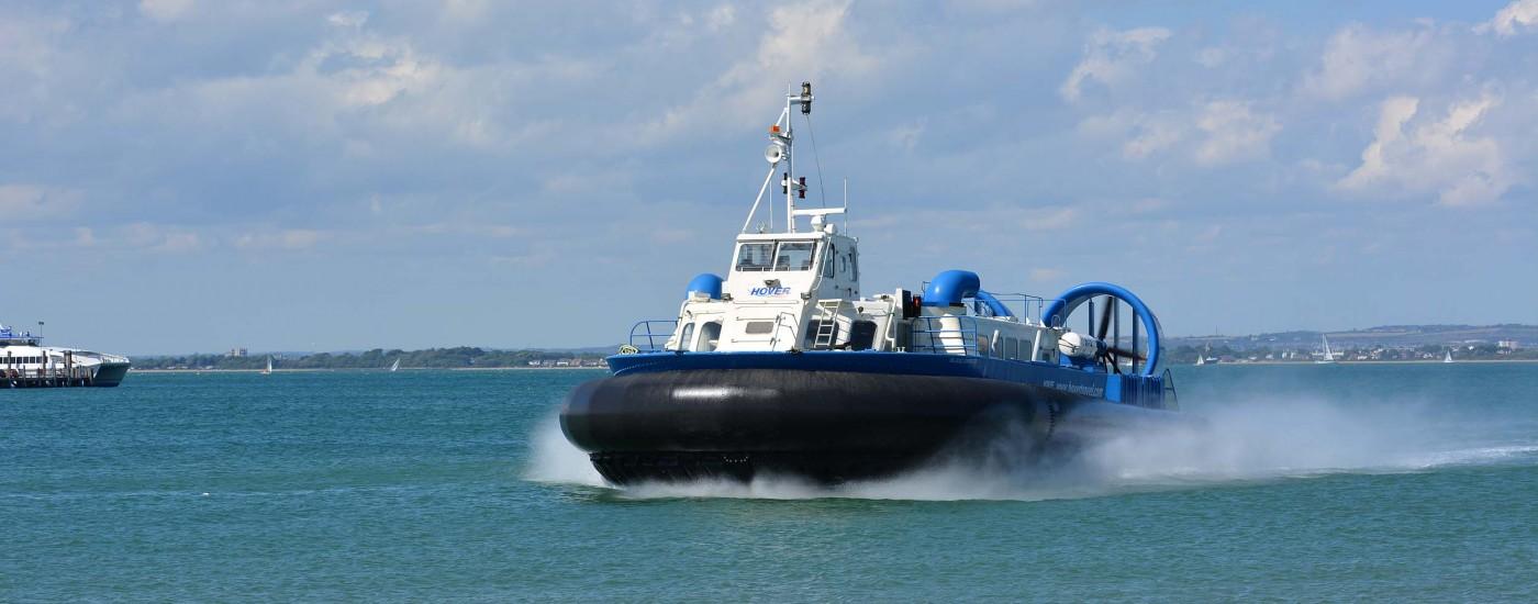 Hovercraft von der Isle of Wight nach Portsmouth