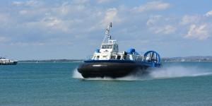 Hovercraft zwischen der Isle of Wight und Portsmouth