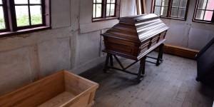 Sargschreinerei im Freilichtmuseum