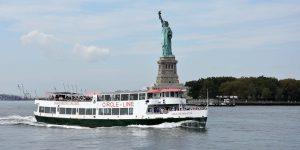 Fähre zu Ellis Island