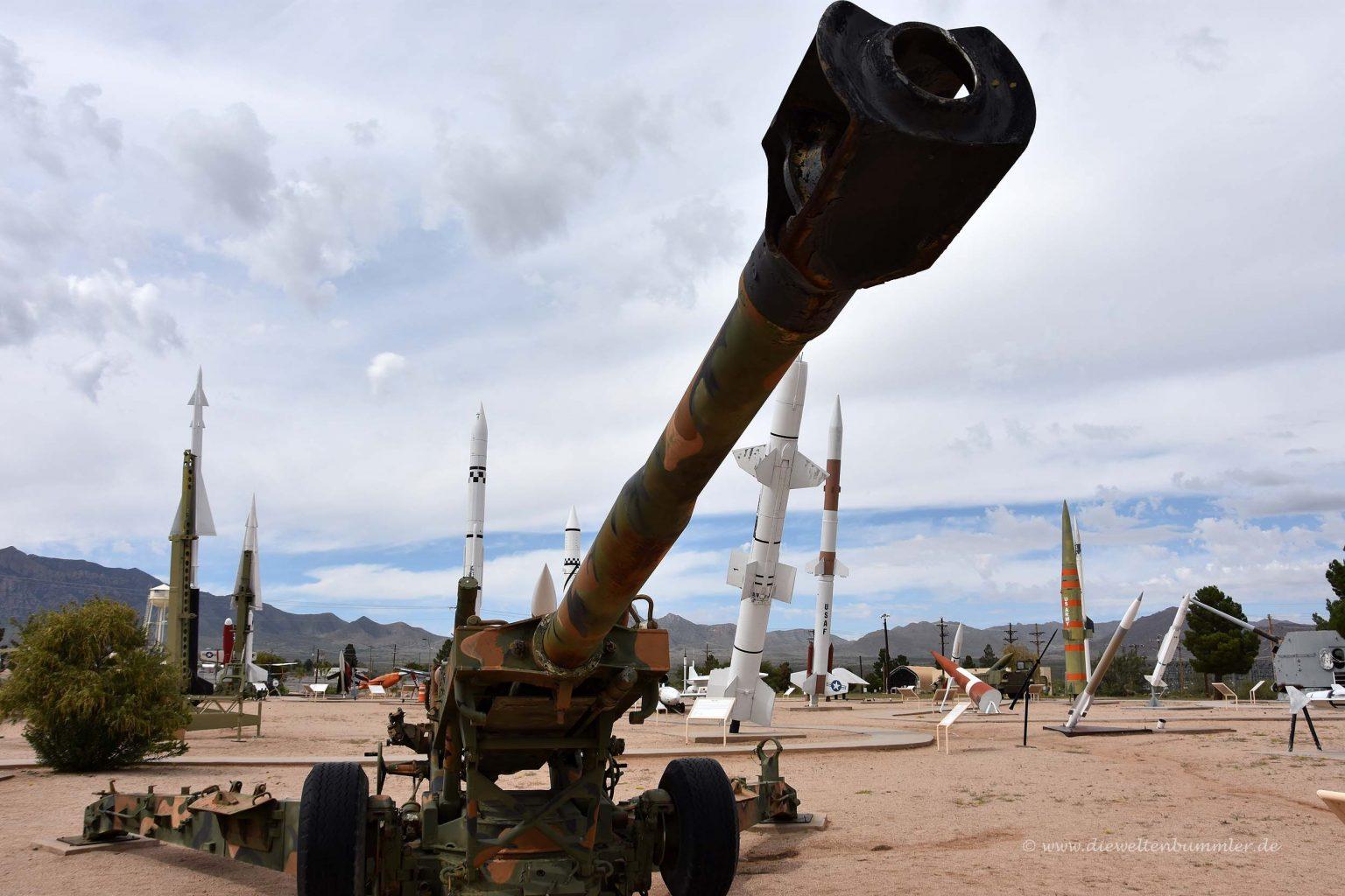 Militärisches Material