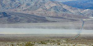 Sandsturm zieht über den Highway