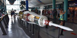 Modell der Saturn V-Rakete