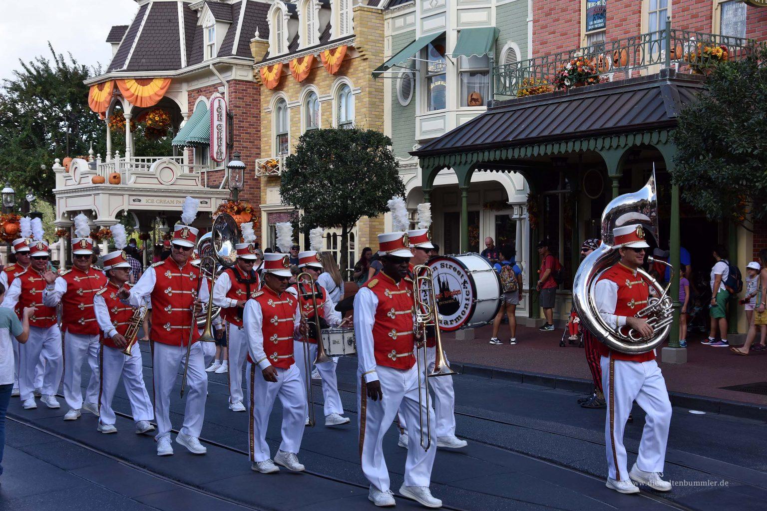 Band auf der Main Street