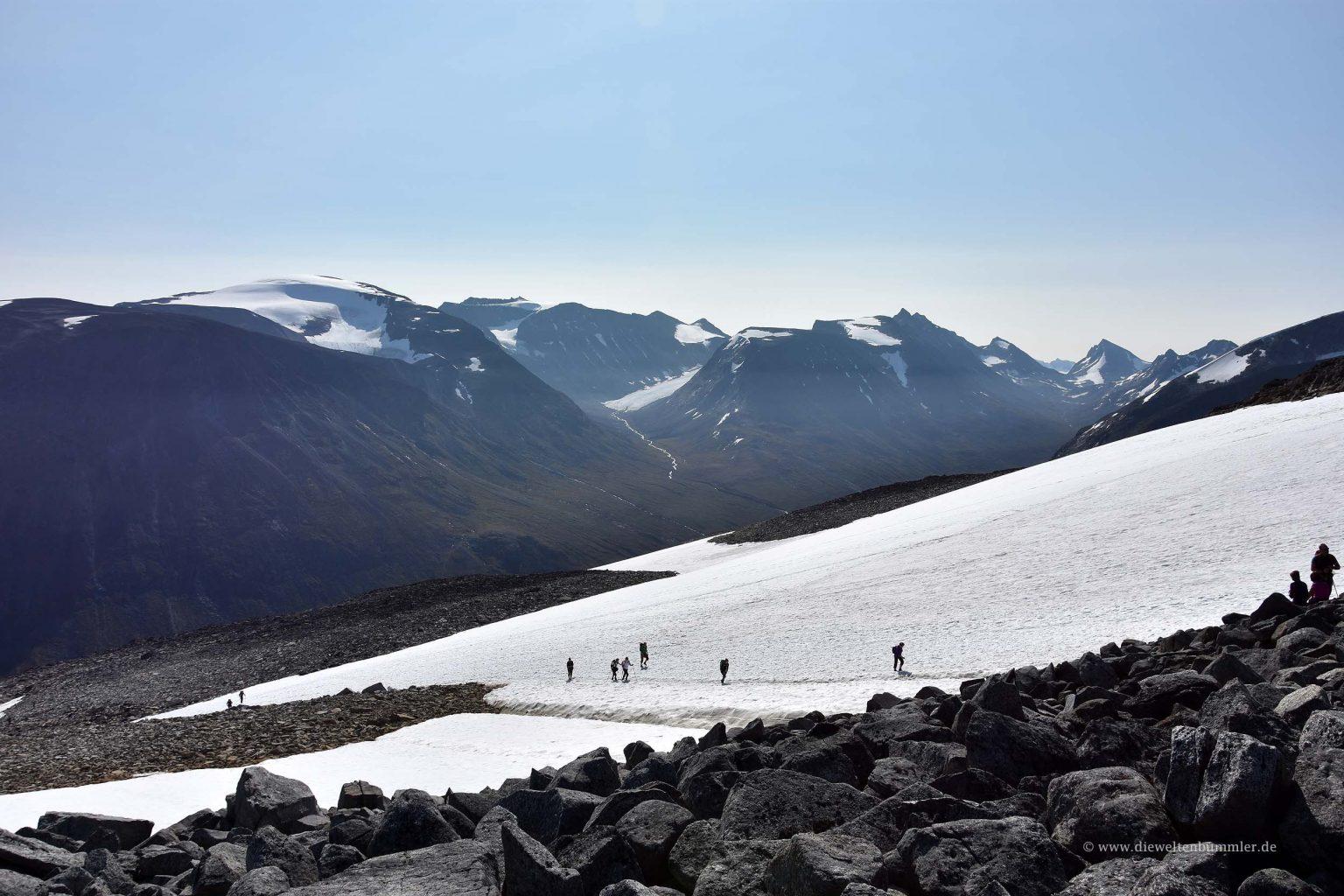 Wandern auf dem Eisfeld