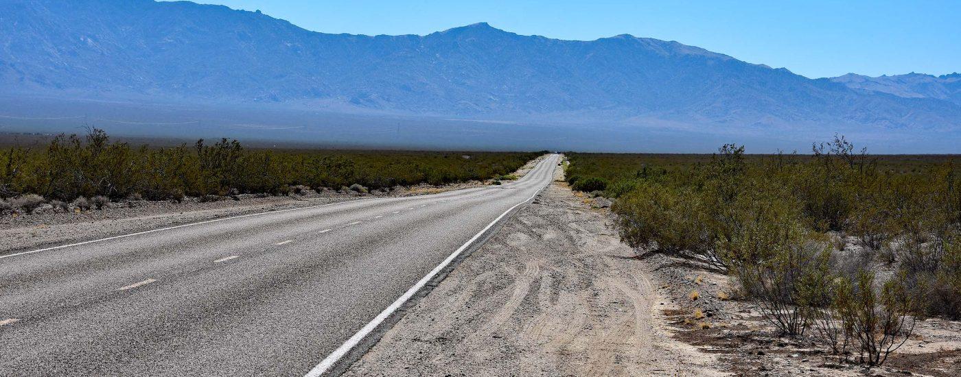 Lange Fahrt durch die Wüste