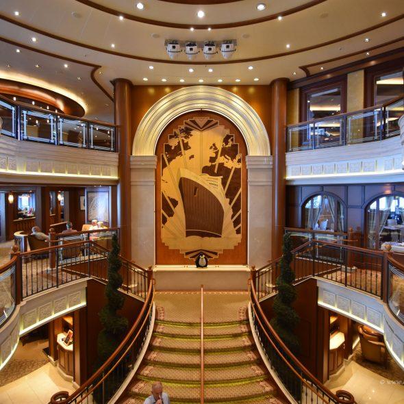Lobby der Queen Elizabeth