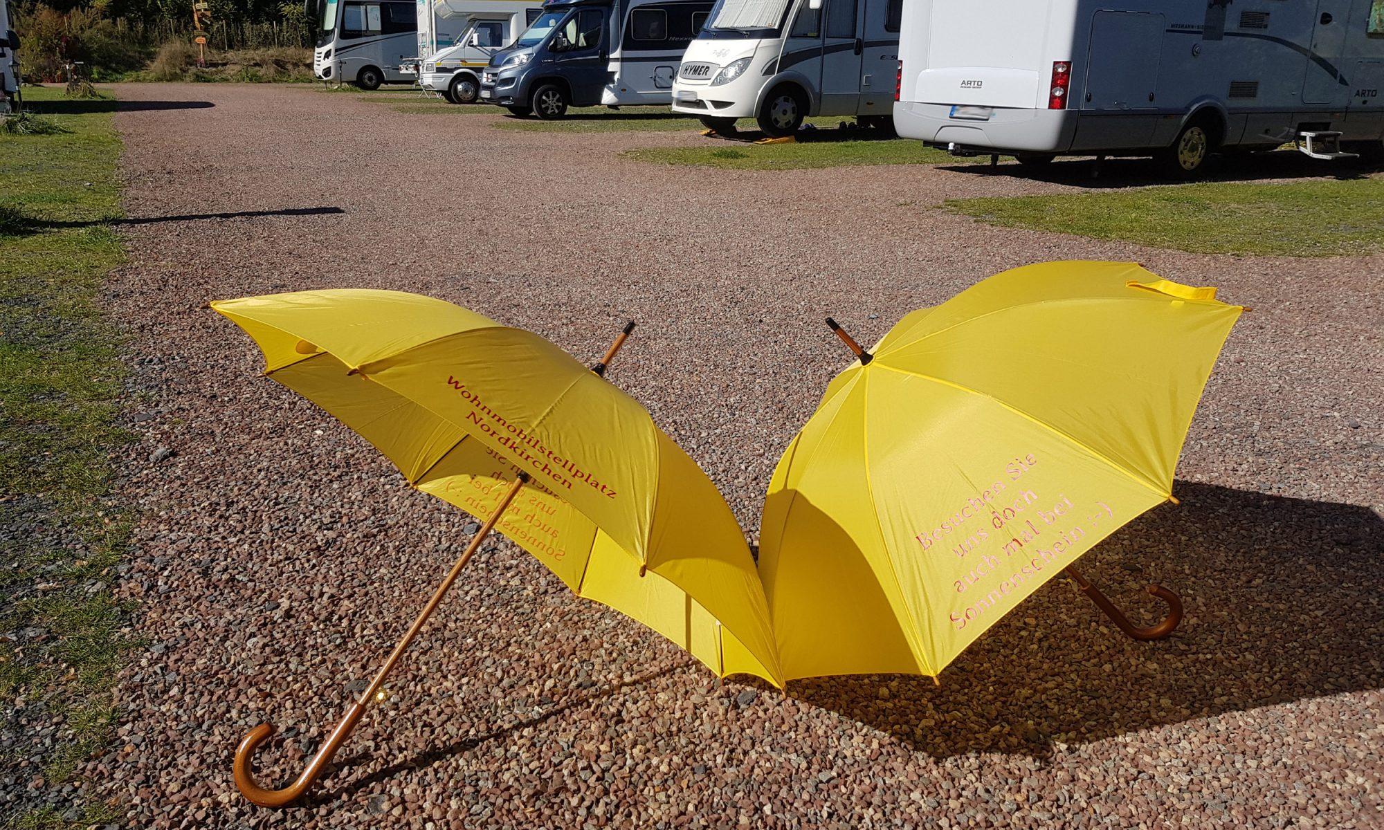 Regenschirme zum Ausleihen