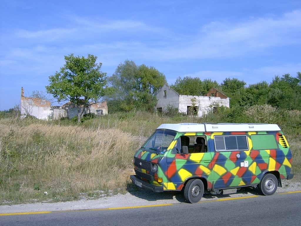 VW-Bus in Bosnien