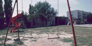 Spielplatz im zerstörten Vukovar