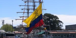 Kolumbianisches Militärschiff