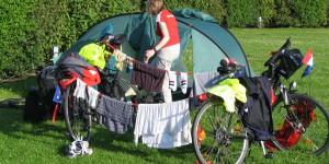 Zelt aufbauen