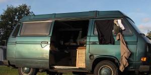 VW-Bus in Schweden