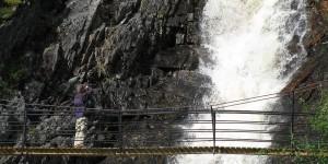 Brücke am Wasserfall