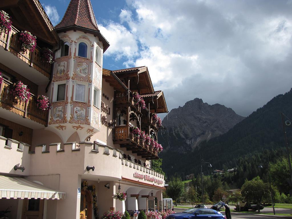 Hübsche Hausfassaden in Südtirol