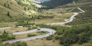 Serpentinenstraße in den Dolomiten