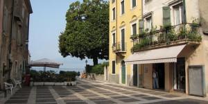 Hauptplatz in Torri del Benaco