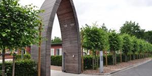 Eingang zum Kloster an der KZ-Gedenkstätte