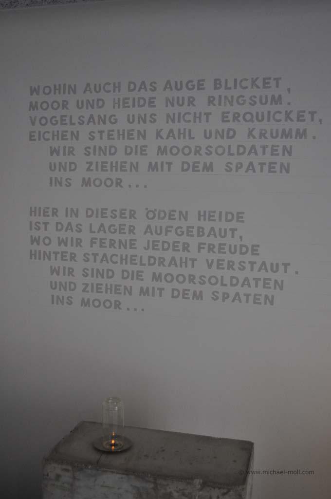 Erste Strophe vom Lied der Moorsoldaten