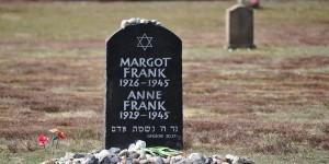 Gedenkstein für Anne Frank in Bergen-Belsen