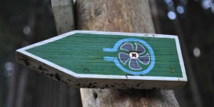 Turbine als Wanderwegsymbol bei Goldisthal