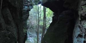Felsen im Wald bei Finsterberg