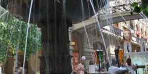 Springbrunnen im ehemaligen Kaufhaus GUM