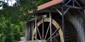 Wasserrad mit acht Metern Durchmesser
