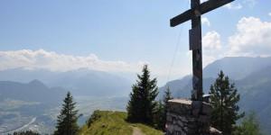 Südliches Gipfelkreuz auf dem Voldöppberg