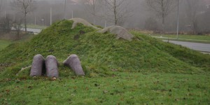 Toter im Gras