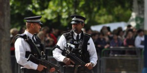 Bewaffnete Polizei