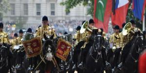 Soldaten auf dem Rückweg zum Palast
