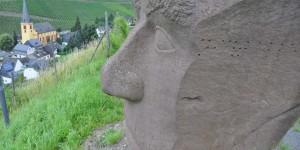 Skulptur bei Senheim