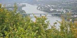 Rheintal mit Ehrenbreitstein im Hintergrund