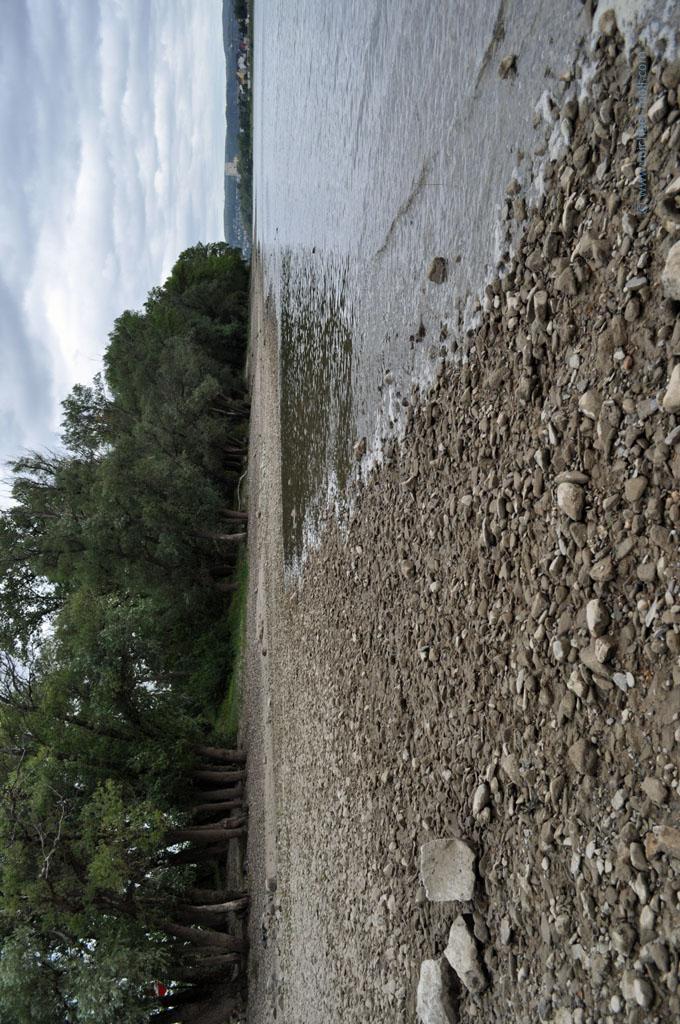Strand auf der Insel Niederwerth