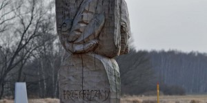 Skulptur im Dreiländereck