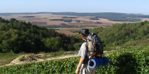 Pilger zwischen Auxerre und Vezelay