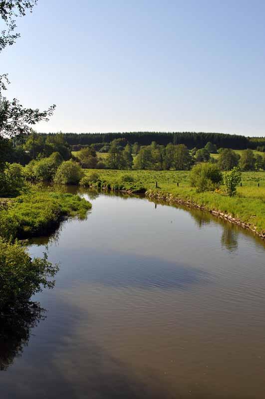 Fluss La Vierre bei Suxy