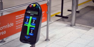 Ticketprüfung an der Metro