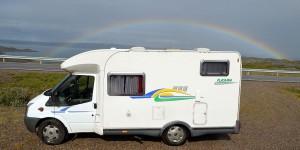 Wohnmobil unterm Regenbogen