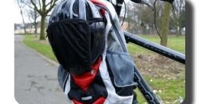 Rucksack mit Fahrradhelm
